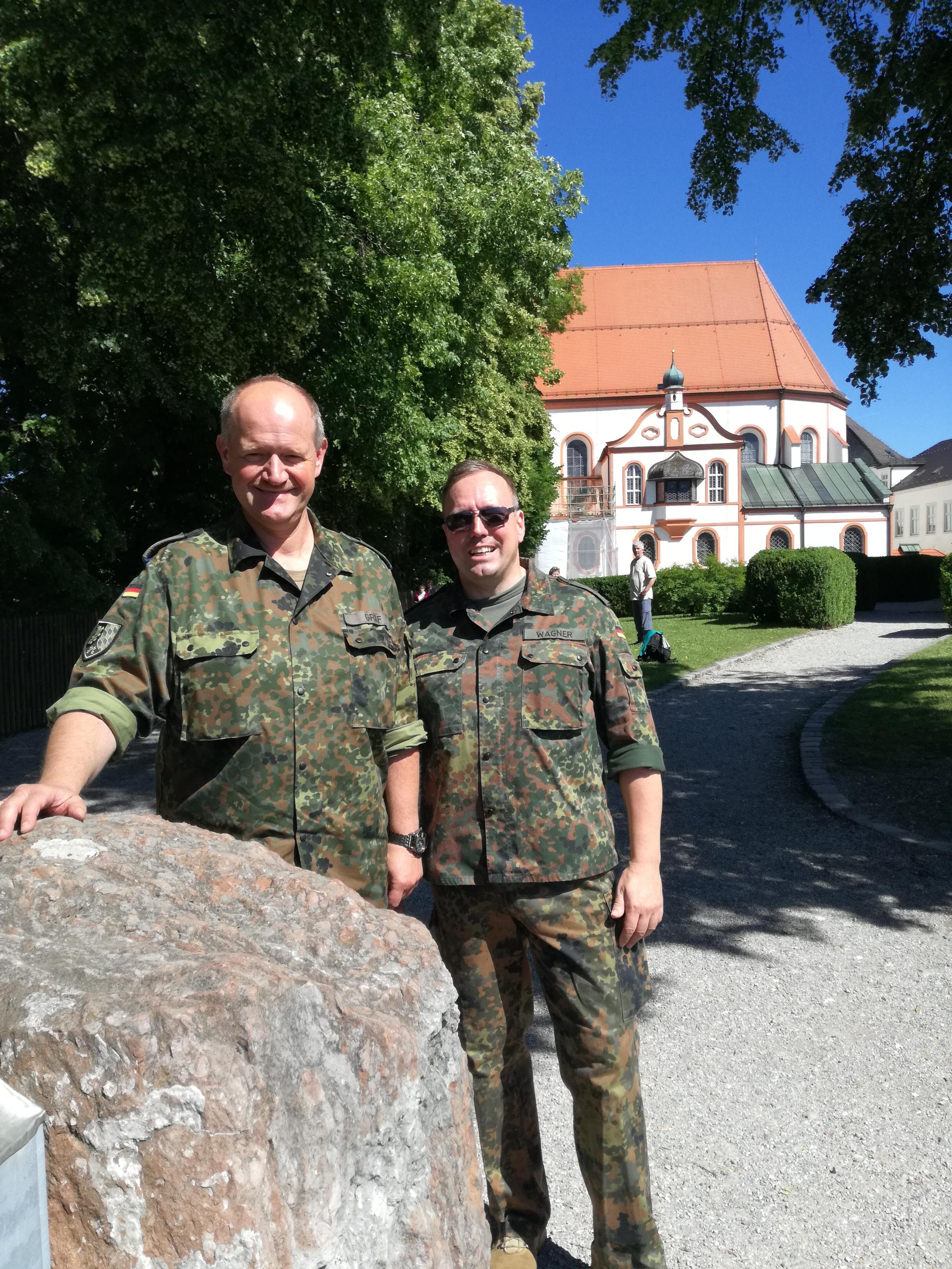 OTL Gräf und der LMD Wagner im Gespräch